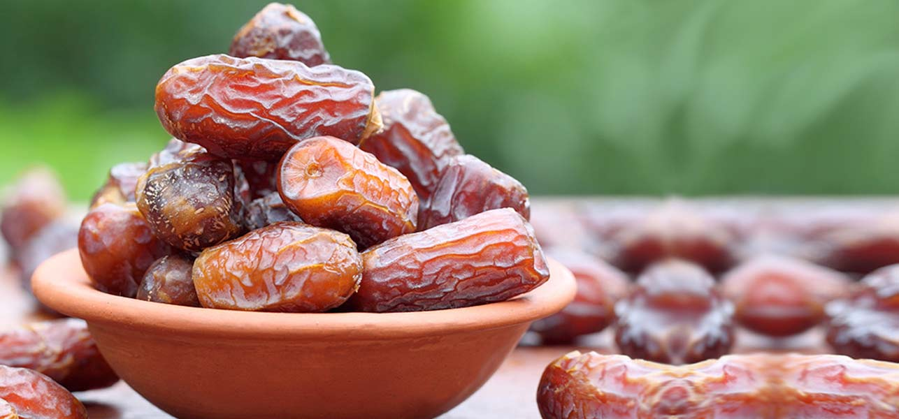17 Amazing Benefits Of Dates For Skin Hair And Health