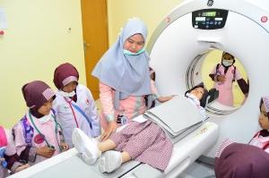 Hospital Tour Kids RA LABSCHOOL IIQ JAKARTA_1