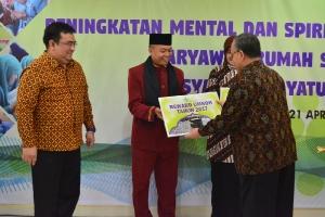 Peningkatan Mental dan Spiritual Karyawan _17
